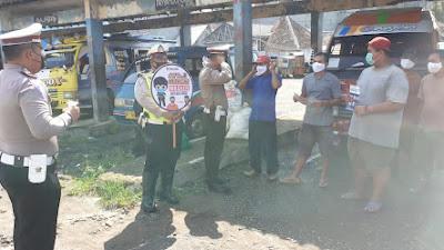 Ops Patuh Maung 2021, Sat Lantas Polres Lebak Polda Banten Tempelkan Stiker Prokes