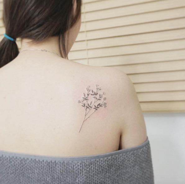 Este floral delicado raminho