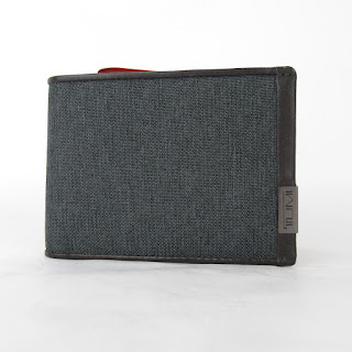Tumi  New Wallet