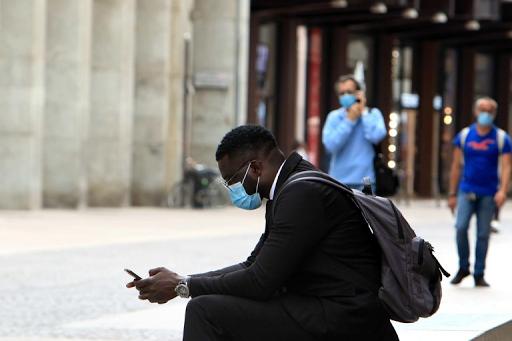 Cómo ocultar el número de identidad de tu iPhone (y por qué deberías hacerlo)