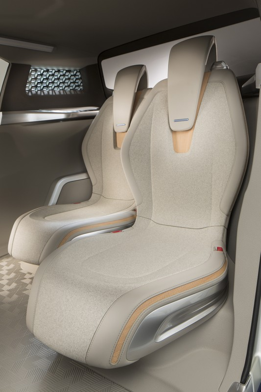 Paris 2012 Nissan Terra Suv Concept Video