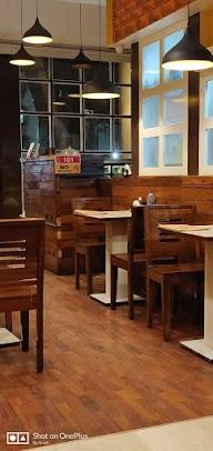 Dcrepes Cafe photo 2