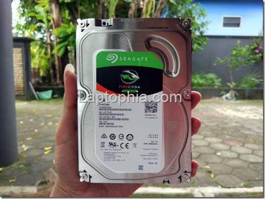Seagate Firecuda 2TB SSHD Review & Benchmark