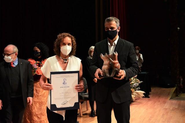 El INAH entrega el Premio Antonio García Cubas a la Fundación Jenkins y al Museo del Palacio de Bellas Artes