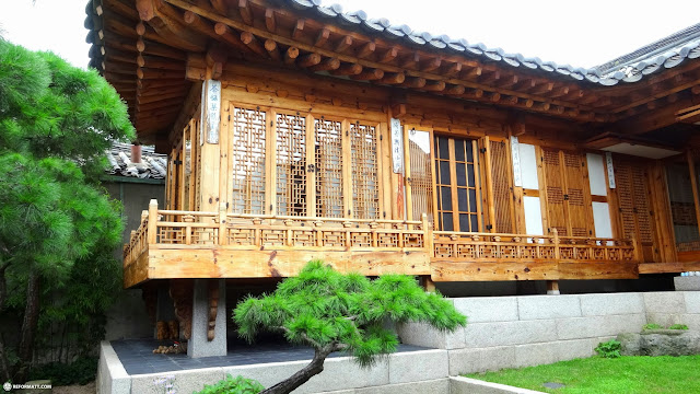 the popular bukchon hanok village in Seoul, Korea in Seoul, Seoul Special City, South Korea