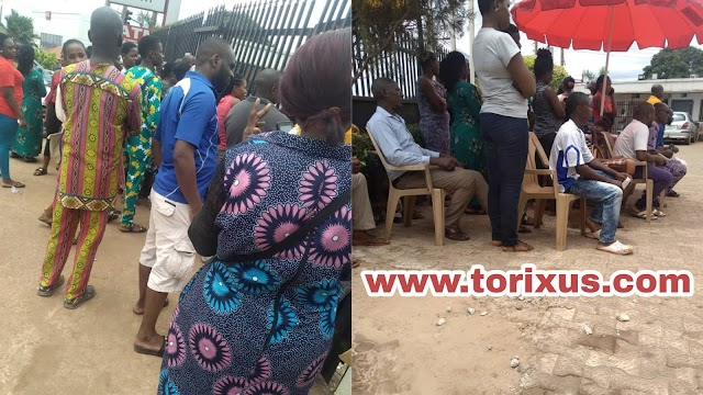 Residents in Enugu Suburb Gives Deef Eye to Social Distancing Measures (Photos)