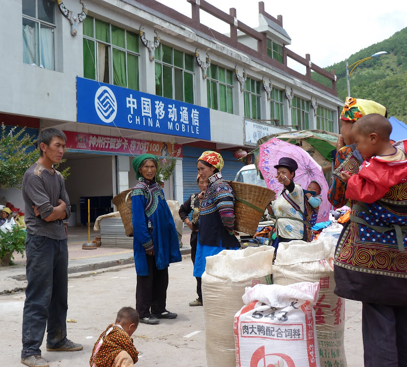 CHINE SICHUAN.XI CHANG ET MINORITE YI, à 1 heure de route de la ville - 1sichuan%2B960.JPG