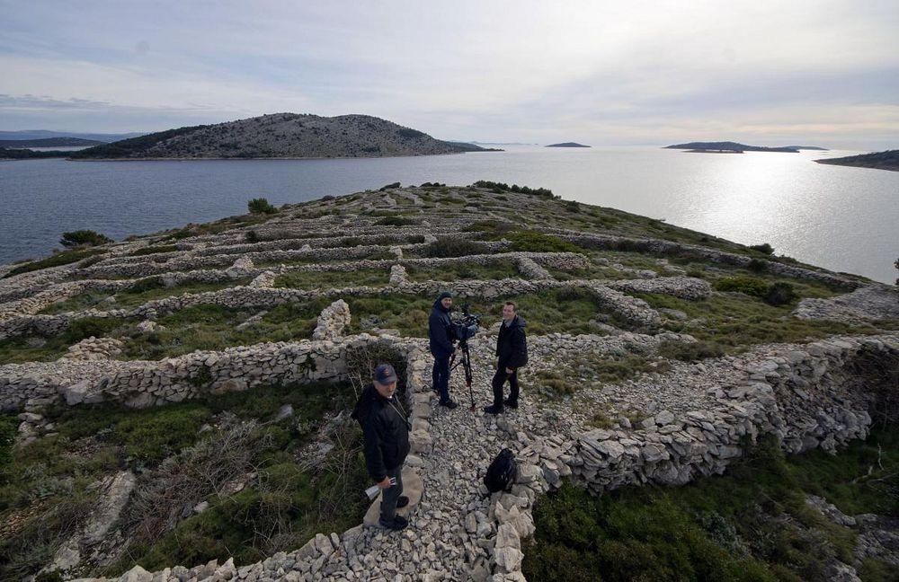 croatia-dry-stone-walls-2