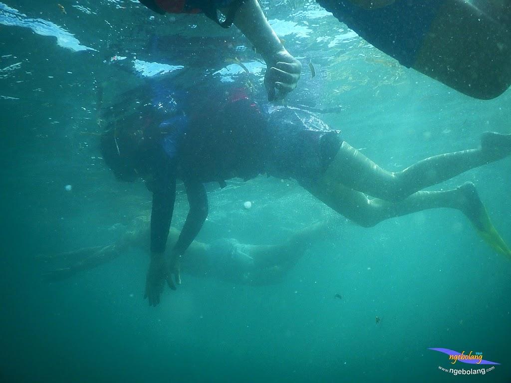 family trip pulau pari 140716 Nikon 28