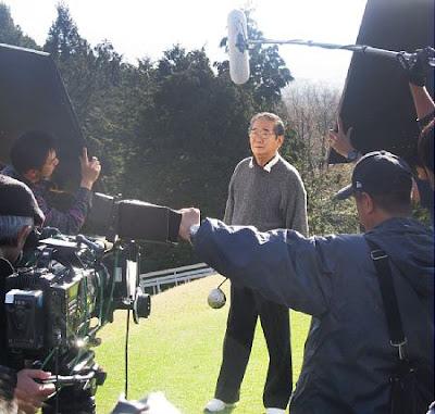 朝日新聞記者に石原慎太郎都知事「みんなの前で殴るからな」と鉄拳制裁を予告