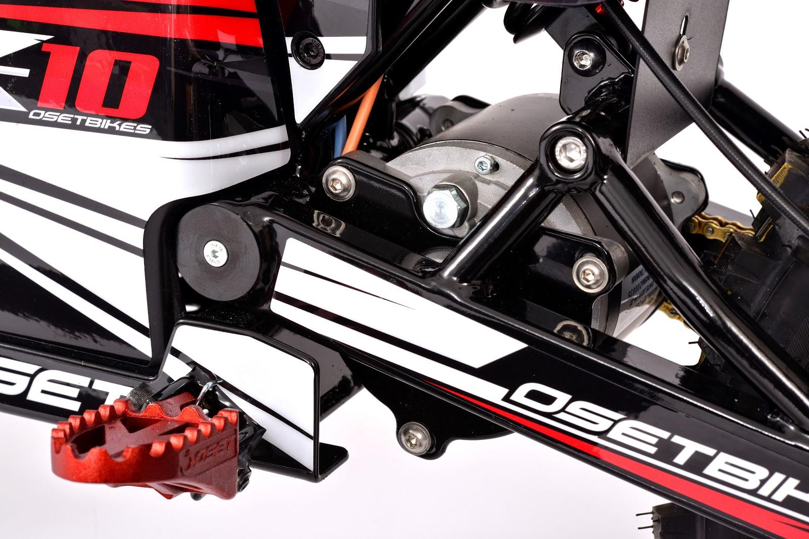 DSC_5536.JPG: Motor