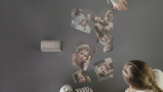 Xperia Projector Lifestyle.jpg