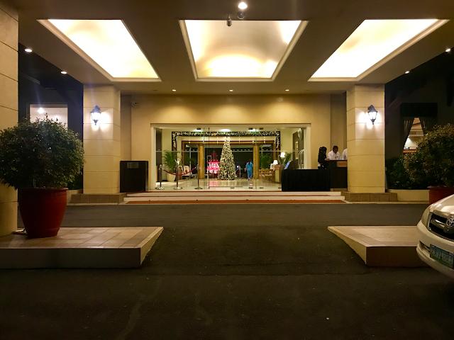 Taal Vista Hotel Tagaytay Front Entrance