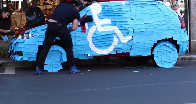 Videos Engraçados de Pegadinhas: Vaga para deficientes