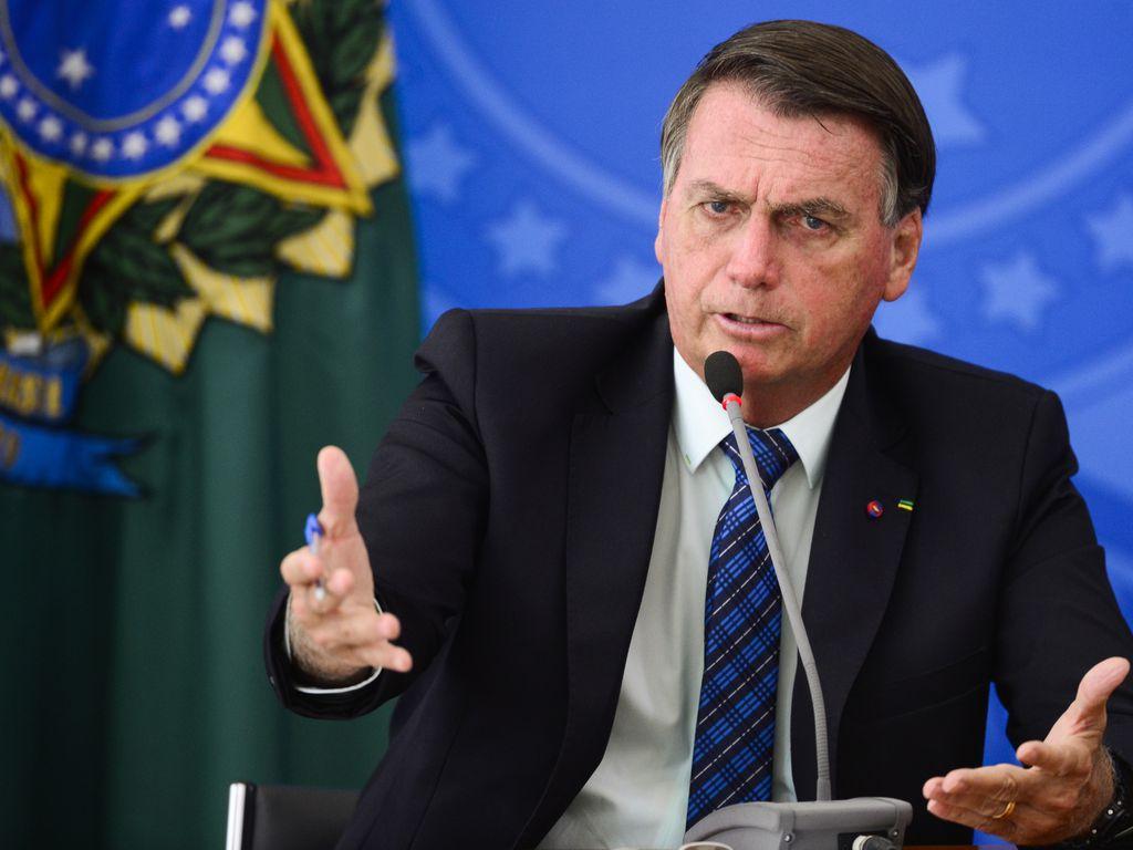 """Bolsonaro critica politização da pandemia: """"Virou uma guerra contra o presidente"""""""