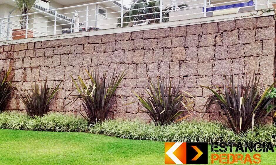Muro de Arrimo em Gavião Peixoto