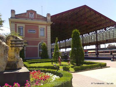 estacion tren adif renfe leon