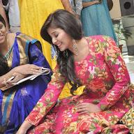 Anjali at 92.7 Big FM Cinekranthi Rangoli Competition
