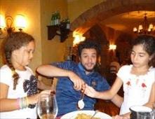 أحمد الفيشاوي يحتفل بعيد ميلاد ابنته