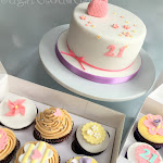 21st cake and cupcakes 1.JPG