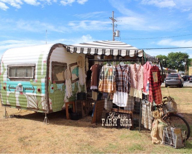 camper used for vintage market