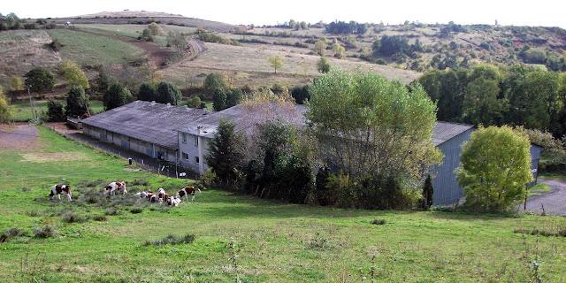 Vue du bâtiment de la ferme Bellonte, le 16 octobre 2012.