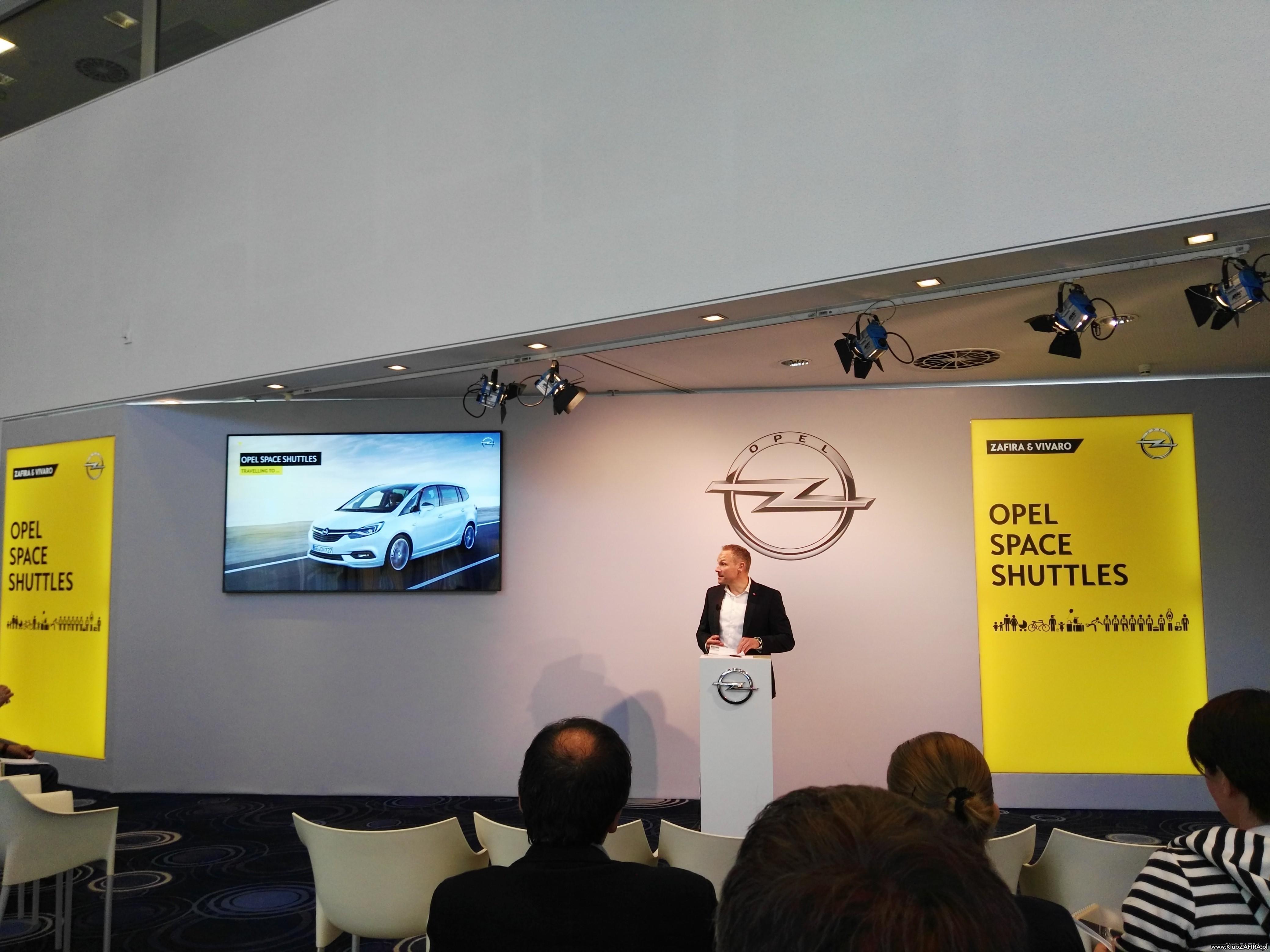 [Obrazek: OpelZafira2017_Frankfurt_50.jpg]