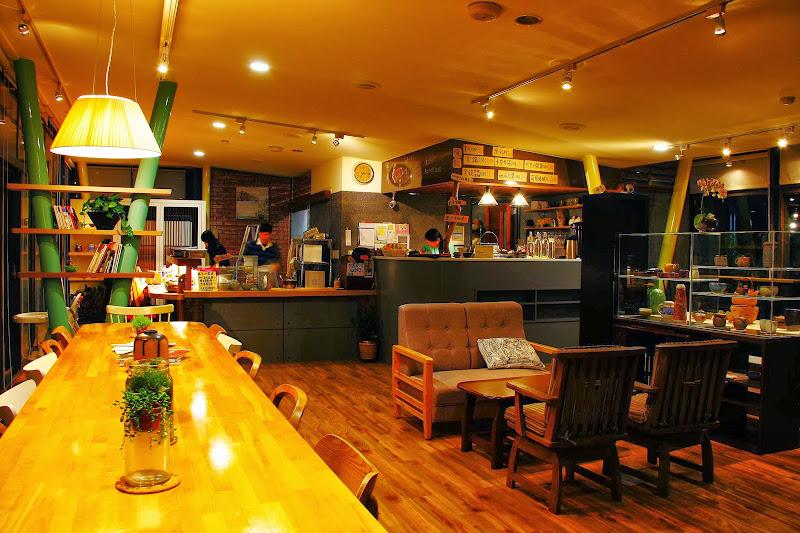 斗六-悠閒且藝術的 村上慢步藝文咖啡館