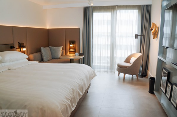 Amsterdam marriott hotel a stay in the new piet boon for Hotel to stay amsterdam