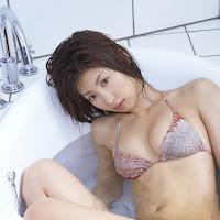 Bomb.TV 2006-09 Mariko Okubo BombTV-mo050.jpg