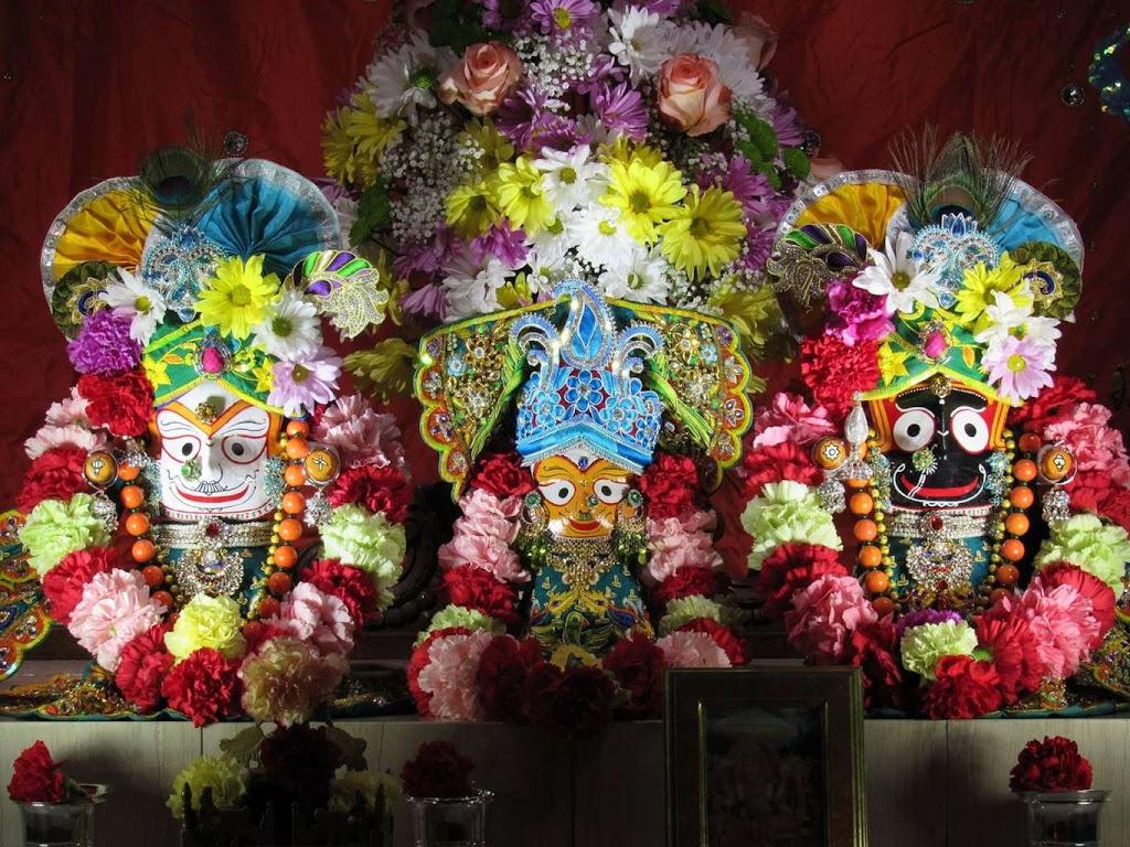 ISKCON Chicago Deity Darshan 14 Dec 2015 (18)