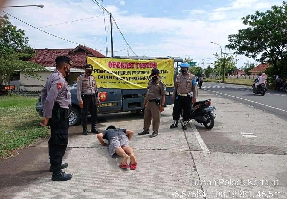 Polsek Kertajati bersama Unsur Muspika Gelar Operasi Yustisi