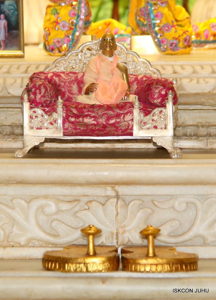 ISKCON Juhu Mangal Deity Darshan on 2nd July 2016 (38)