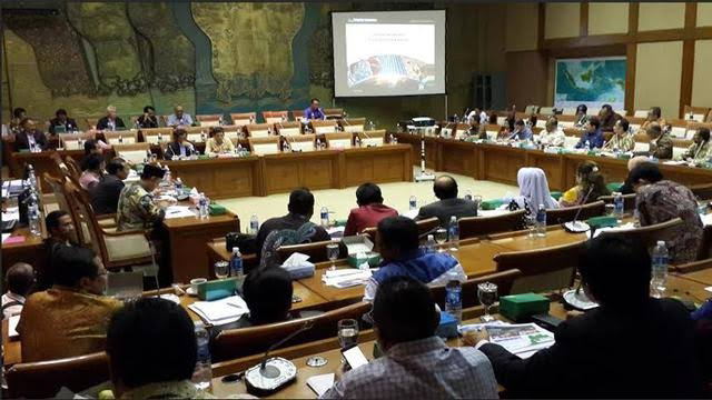 Foto: Ilustrasi. Heboh Anggota DPR Minta CSR Usai Marah dan Usir Dirut Inalum dari Rapat, MKD Diminta Bertindak.