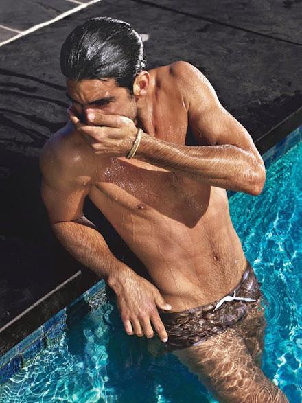 Rubén Cortada desnudo 9