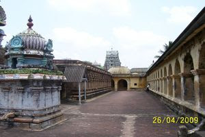 Thiruvazhundur Temple Inside Prakaram 01