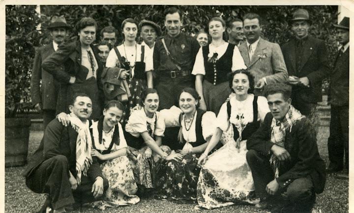 1939 - roggero maria (1914.1978), adalgisa machetta, carlo orecchia, moretti g b, lucia bosio, pansecco biagio, camillo giure (1910), irene machetta, netina ferraris, neta borelli, lide borelli, angelo boido (1919). 17 maggio