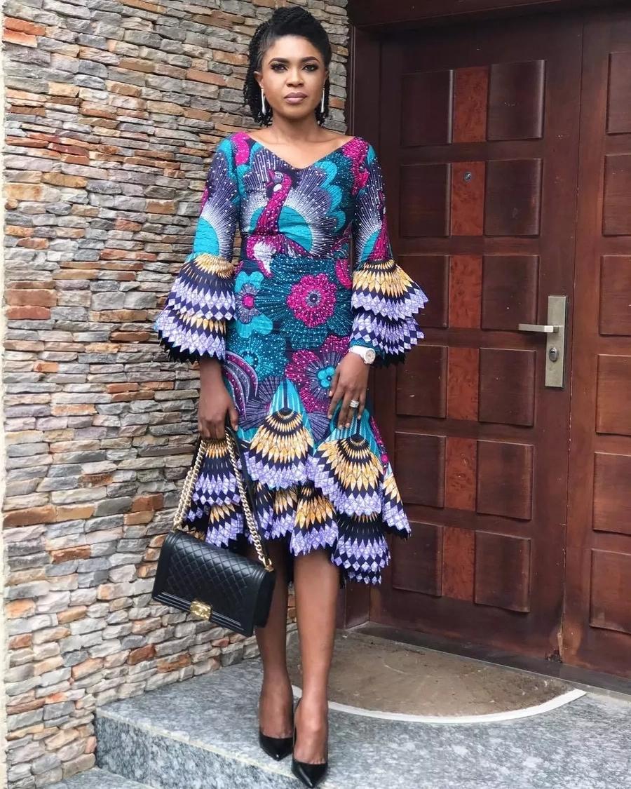 Asoebi Styles 2018 Ankara Dresses Styles 2