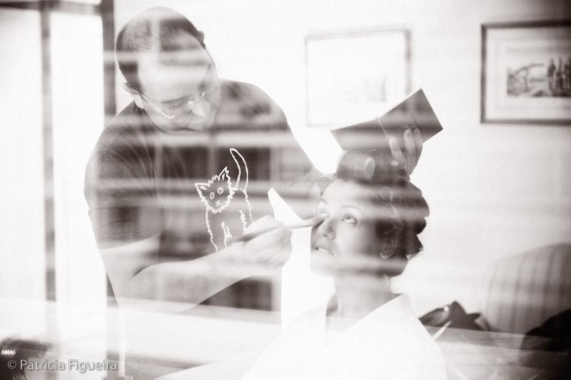 Foto de casamento 0023pb de Luciene e Rodrigo. Marcações: 11/09/2009, Casamento Luciene e Rodrigo, Fotos de Making of, Making of, Rio de Janeiro.