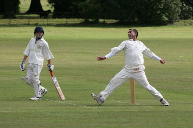 Cricket-2011-OsmastAway-WS9