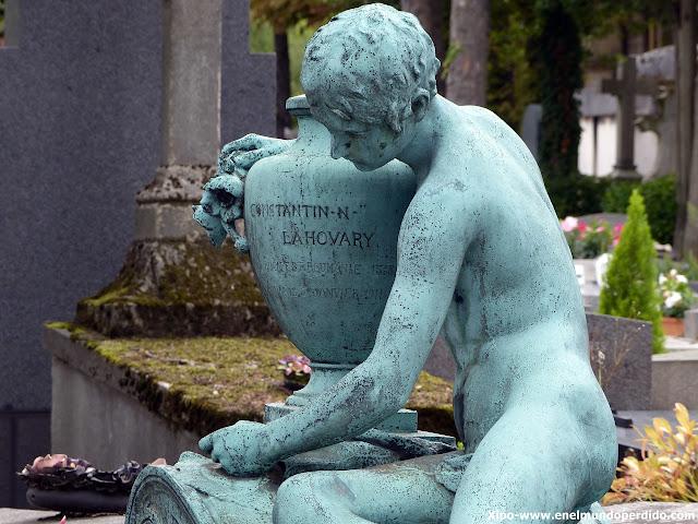esculturas-funerarias-cementerio-pere-lachaise-paris.JPG