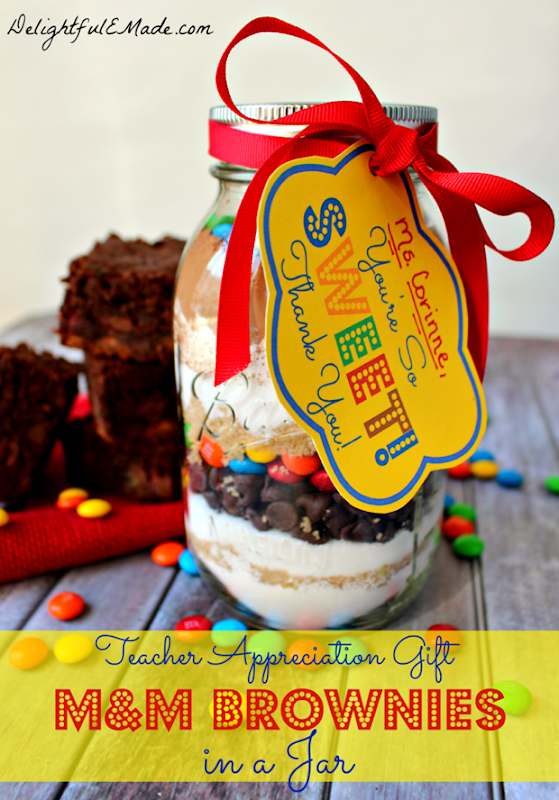MM-Brownies-in-a-Jar-by-DelightfulEMade.com_-715x1024