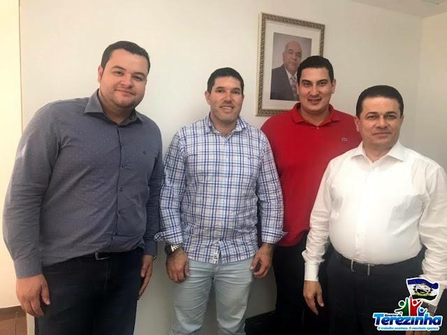 PREFEITO DE TEREZINHA CONSEGUIU DUAS EMENDAS PARLAMENTARES EM PROL DO MUNICÍPIO