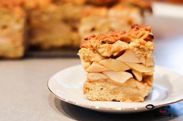 ciasta i desery,szarlotka z surowych jabłek, szarlotka, szarlotka z cynamonem, szarlotka na kruchym, ciasto z jabłkami, łatwa szarlotka