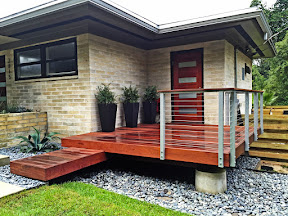 natural aluminum deck railing idea