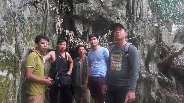 Sơn La: Hang động không đáy đẹp như thủy cung dưới chân núi Pha Luông