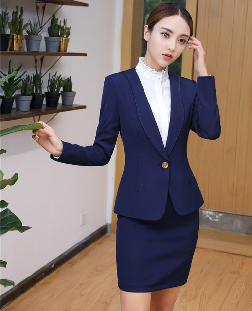 STYLISH SUITE DESIGNS FOR LADY IN 2018 5