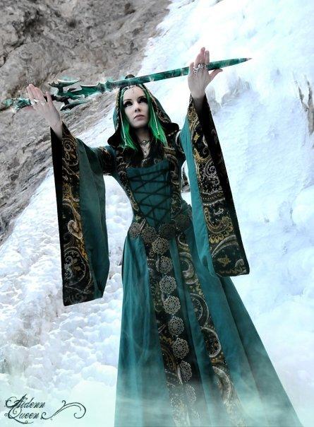 Wyzard Of Ice, Pretty Witches