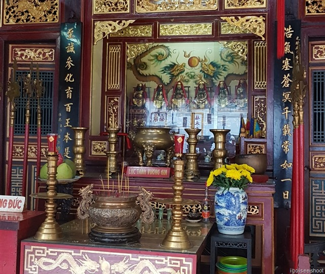 An altar dedicated to six generals of the Ming Dynasty who came from Phuc Kien Province.