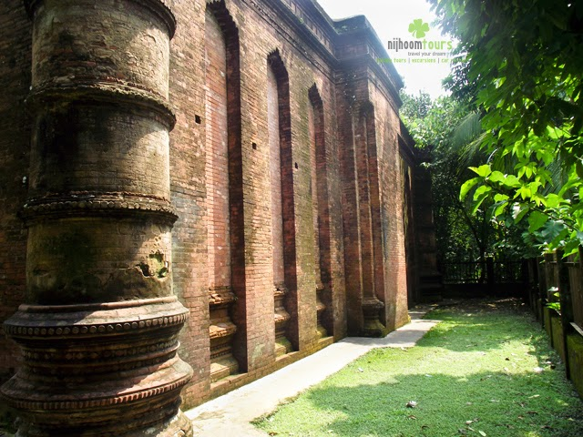 A side view of 9 Dome Mosque